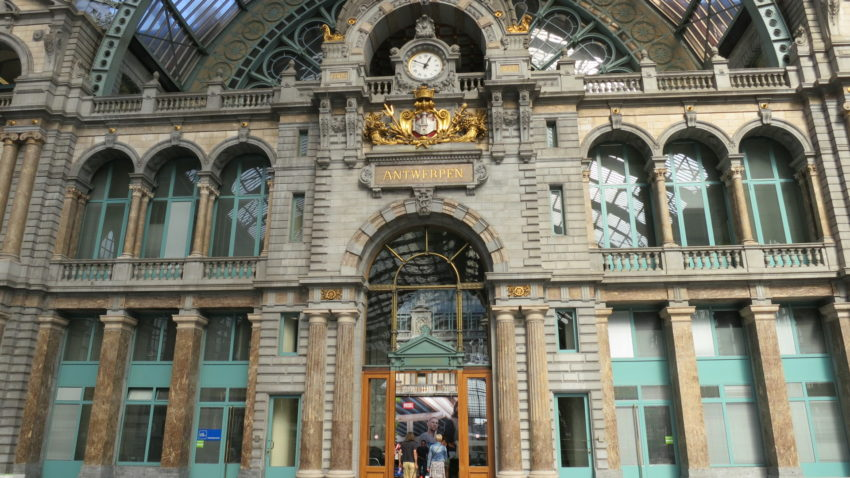 Anvers_train_station